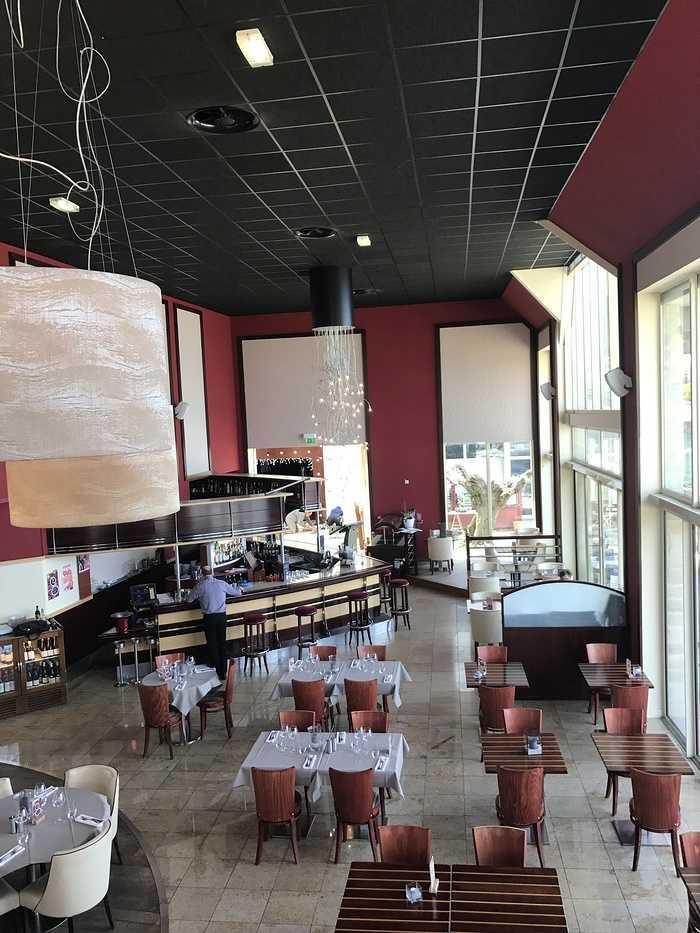 Salle de restaurant Casino St-Quay-Portrieux 0