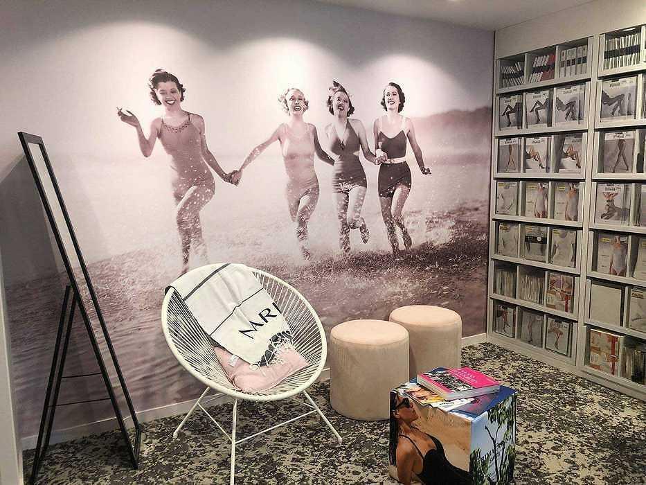 Les impressions numériques murales pour la décoration de votre bureau 75px0rap3419196120633652972649886801215484994781184ogrande